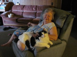 Two of my favorite beings in the world, my mom and Luke (her grandkitty).