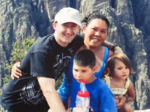 Jennifer Markovsky with her family. Image found on TheDenverChannel.